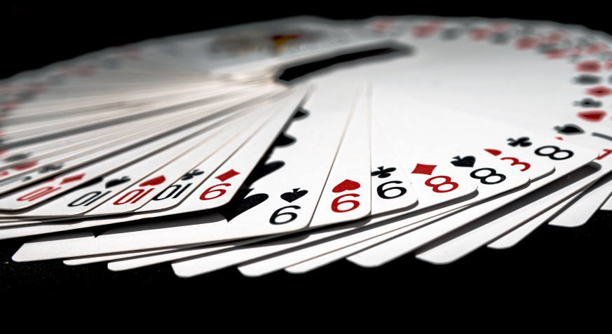 What are the chances of winning blackjack?
